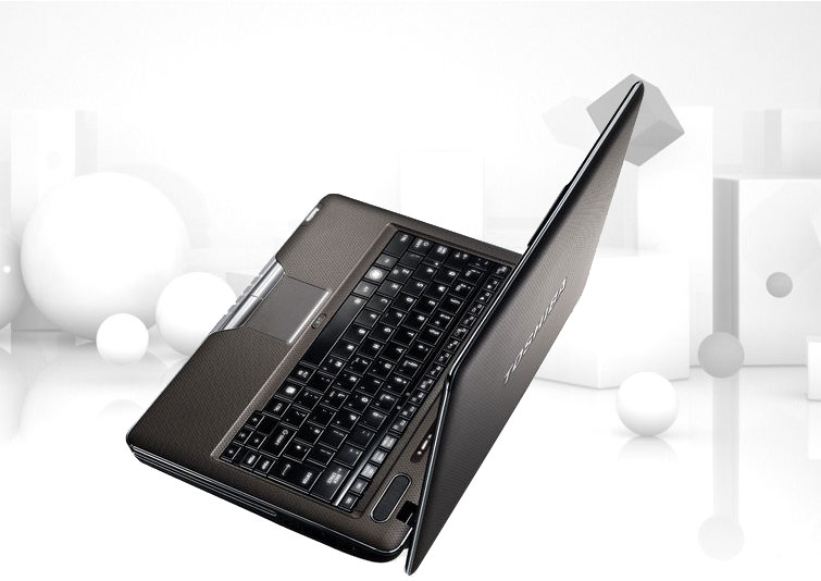 http://fr.computers.toshiba-europe.com/Contents/Toshiba_fr/FR/Others/notebooks/Satellite/SatU500a_02.jpg